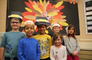 Elm students at Thanksgiving celebration