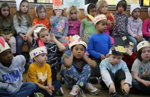 Elm students listen to a Thanksgiving story