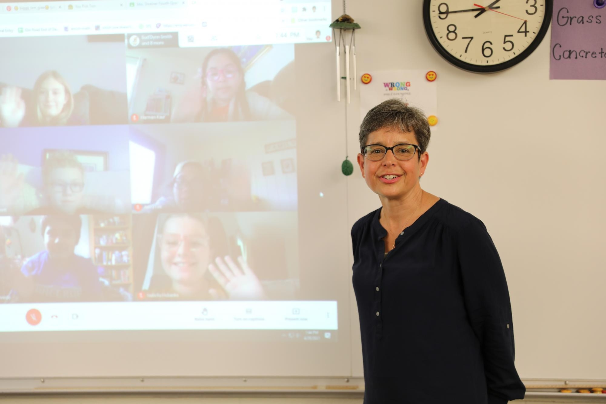 2021 PHM Elementary Teacher of the Year Mrs. Kathy Shreiner with her virtual students