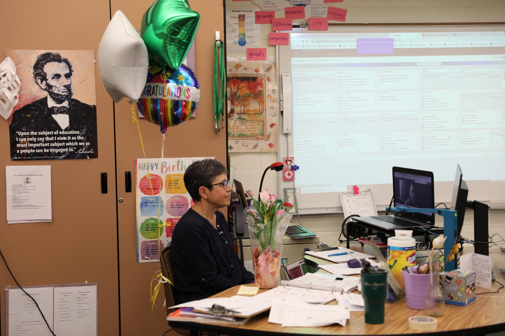 Mrs. Shreiner talks to her virtual 5th grade students